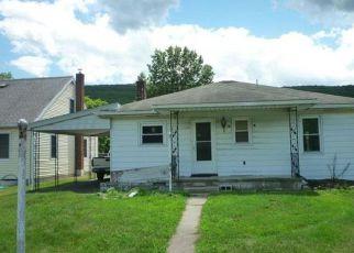 Casa en ejecución hipotecaria in Dauphin Condado, PA ID: F4202254