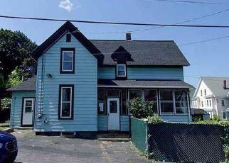 Casa en ejecución hipotecaria in Lowell, MA, 01851,  QUEEN ST ID: F4202757