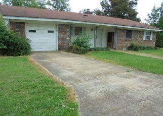 Casa en ejecución hipotecaria in Columbus, MS, 39705,  RIDGE RD ID: F4203949