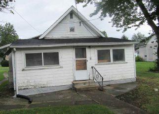 Casa en ejecución hipotecaria in Marion, IN, 46953,  W 10TH ST ID: F4204231