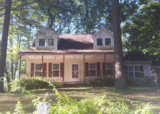 Foreclosure Home in Warren county, NY ID: F4204943