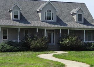 Foreclosed Home en STONEY BATTERY RD, Earleville, MD - 21919