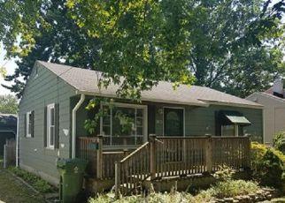 Casa en ejecución hipotecaria in Eastlake, OH, 44095,  EASTLAKE DR ID: F4205886