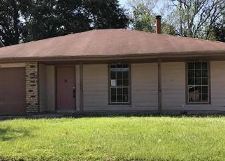 Foreclosure Home in La Place, LA, 70068,  CAMBRIDGE DR ID: F4209259
