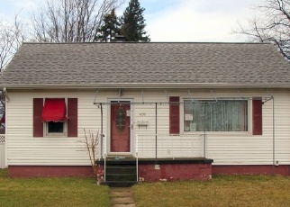 Foreclosed Home en E 33RD ST, Erie, PA - 16504