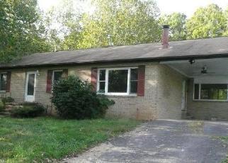 Casa en ejecución hipotecaria in Berkeley Springs, WV, 25411,  WATERSIDE CT ID: F4210408