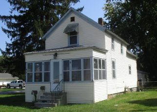 Casa en ejecución hipotecaria in La Porte, IN, 46350,  F ST ID: F4211259