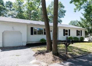 Foreclosed Home in CHESTNUT ST, Beachwood, NJ - 08722