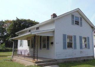 Casa en ejecución hipotecaria in Wallingford, CT, 06492,  LEE AVE ID: F4212108