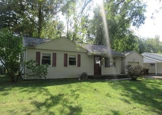Casa en ejecución hipotecaria in Beech Grove, IN, 46107,  DETROIT ST ID: F4212845