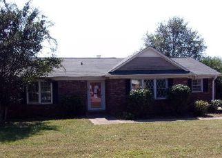 Casa en ejecución hipotecaria in Simpsonville, SC, 29681,  NEWGATE DR ID: F4213122