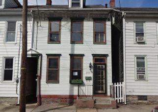 Casa en ejecución hipotecaria in Lebanon, PA, 17042,  S 5TH ST ID: F4213145