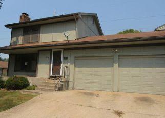 Casa en ejecución hipotecaria in Grandview, MO, 64030,  FALKIRK CIR ID: F4213675