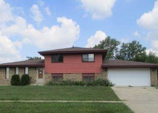 Casa en ejecución hipotecaria in Country Club Hills, IL, 60478,  189TH ST ID: F4213821