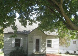 Foreclosed Home en LAKE AVE, Elyria, OH - 44035