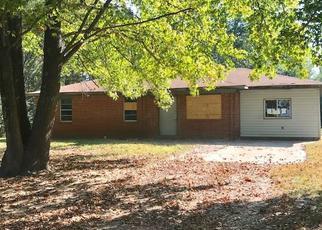 Casa en ejecución hipotecaria in Van Buren, AR, 72956,  CYPRESS LN ID: F4216460
