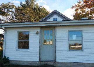 Casa en ejecución hipotecaria in Bunker Hill, WV, 25413,  GILES MILL RD ID: F4216521