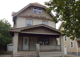 Casa en ejecución hipotecaria in Cleveland, OH, 44111,  W 112TH ST ID: F4216889