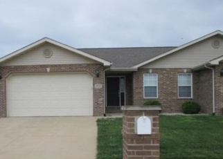 Foreclosed Home in LINCOLN DR, Breese, IL - 62230