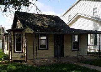 Casa en ejecución hipotecaria in Reading, PA, 19606,  WOODLAND AVE ID: F4217911