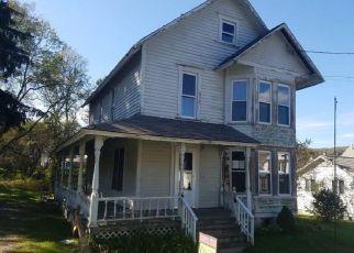 Casa en ejecución hipotecaria in Cortland Condado, NY ID: F4217934