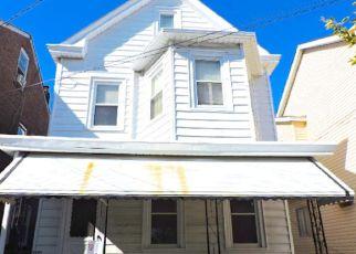 Casa en ejecución hipotecaria in Trenton, NJ, 08638,  OHIO AVE ID: F4218144