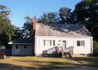 Casa en ejecución hipotecaria in Manchester, CT, 06040,  CRESTWOOD DR ID: F4218312