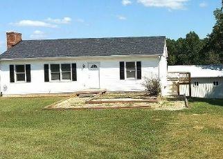 Casa en ejecución hipotecaria in Huddleston, VA, 24104,  LEESVILLE RD ID: F4218975