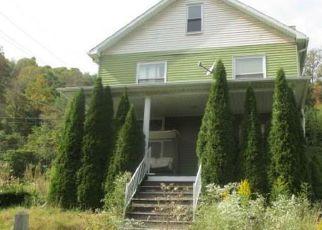 Casa en ejecución hipotecaria in Cambria Condado, PA ID: F4219101