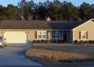 Casa en ejecución hipotecaria in Hubert, NC, 28539,  DAPHNE DR ID: F4219269