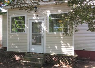 Foreclosed Home in HILLCREST AVE, Somerset, NJ - 08873