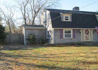 Casa en ejecución hipotecaria in Barrington, RI, 02806,  MASSASOIT AVE ID: F4220903