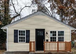 Casa en ejecución hipotecaria in Valley Park, MO, 63088,  BENTON ST ID: F4221272