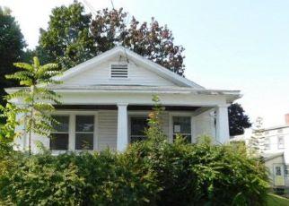 Casa en ejecución hipotecaria in Montgomery Condado, NY ID: F4224765
