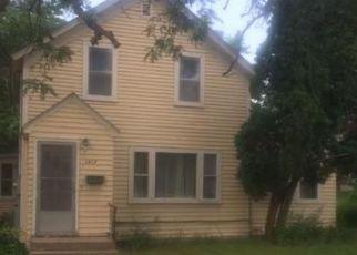 Casa en ejecución hipotecaria in Elk River, MN, 55330,  MAIN ST NW ID: F4225897