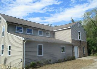 Foreclosed Home en LOVE RUN RD, Colora, MD - 21917
