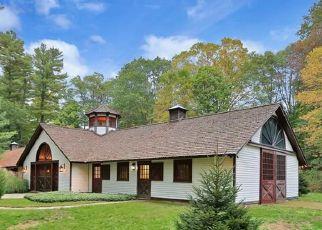 Foreclosed Home in HUCKLEBERRY HILL RD, Wilton, CT - 06897