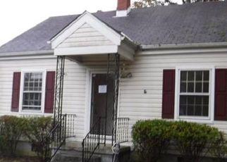 Casa en ejecución hipotecaria in Richmond, VA, 23234,  CASTLEWOOD RD ID: F4227931