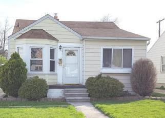 Casa en ejecución hipotecaria in Harper Woods, MI, 48225,  WASHTENAW ST ID: F4228652