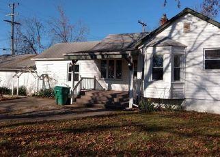 Casa en ejecución hipotecaria in Garden City, MI, 48135,  WINDSOR ST ID: F4228712