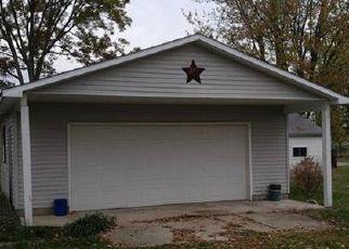 Casa en ejecución hipotecaria in Henry Condado, IN ID: F4228913