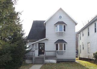 Foreclosed Home en E 1ST ST, Corning, NY - 14830