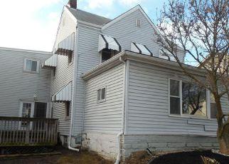 Foreclosed Home en FANNIE ST, Mc Donald, PA - 15057
