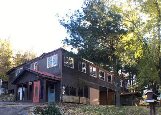 Casa en ejecución hipotecaria in Berkeley Springs, WV, 25411,  WAUGH RD ID: F4232747