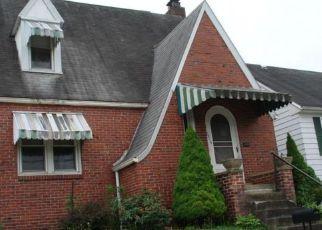 Casa en ejecución hipotecaria in Clarksburg, WV, 26301,  ADAMS AVE ID: F4232788