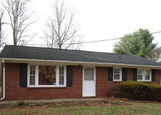 Casa en ejecución hipotecaria in Henry Condado, VA ID: F4232946