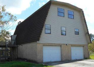 Casa en ejecución hipotecaria in La Porte, TX, 77571,  SHORE ACRES BLVD ID: F4233051