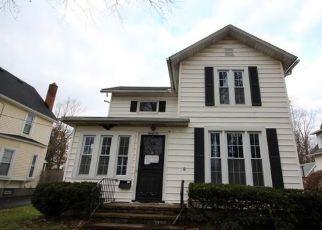 Casa en ejecución hipotecaria in Lockport, NY, 14094,  GRANT ST ID: F4233325