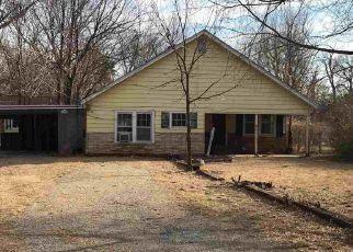Casa en ejecución hipotecaria in Wichita, KS, 67204,  N COOLIDGE AVE ID: F4233694
