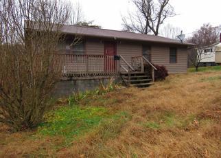 Casa en ejecución hipotecaria in Clinton, TN, 37716,  COX LN ID: F4234368